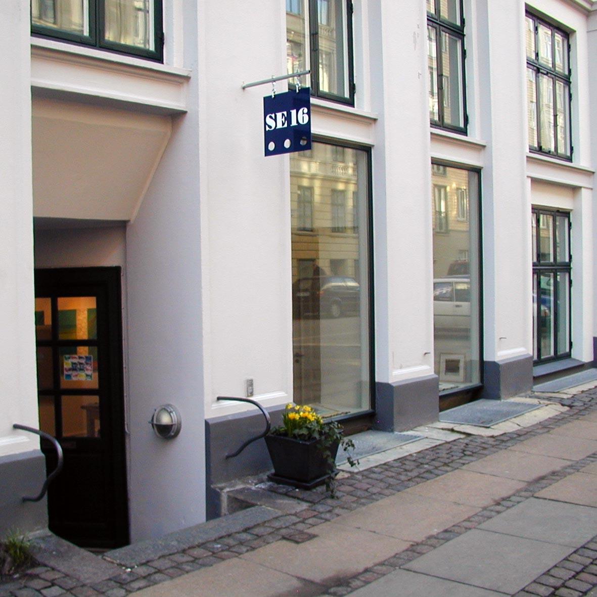 Galleri SE16 Susanne Egfjord kunst til salg billedkunst glas tekstil